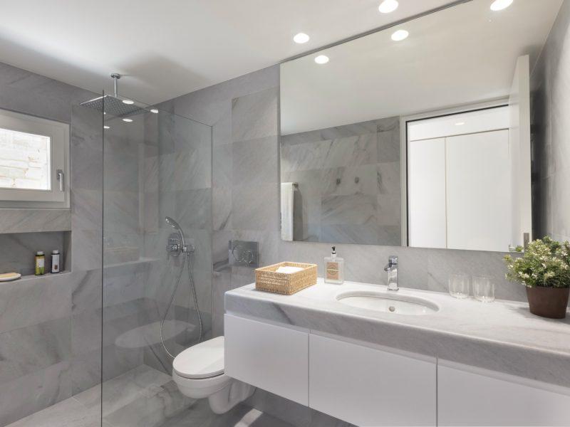 Antiparos_bedbathbedroom3bath